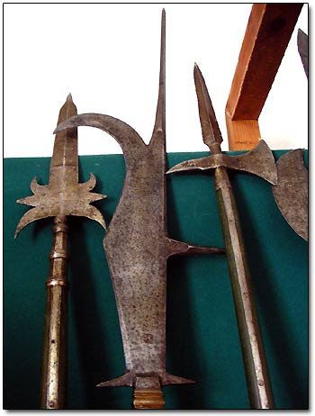 Medieval Cold Steel Weapons