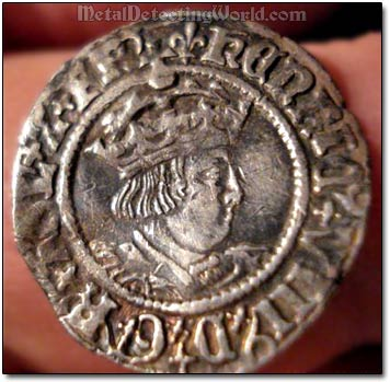 Obverse of Silver Half-Groat, Profile Issue of Henry V111