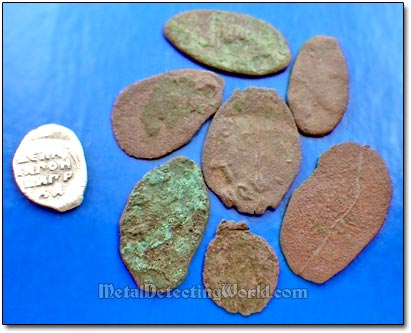 Copper Wire Coins of Smallest Denominations - Pulo's, ca. 16th century