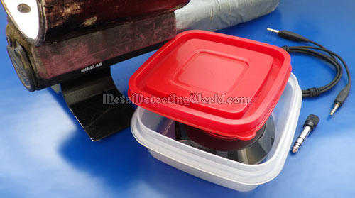 Use Air- and Water-Tight Plastic Food Container for Wireless Transmitter Protection from Adverse Outdoor Environment